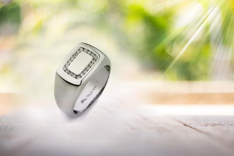 Design of Men's Engagement Rings